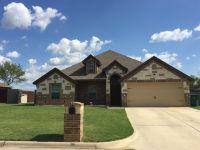 Home for sale: 2204 Ridgewood, Bridgeport, TX 76426