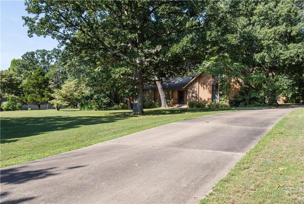 2609 Orchard Hill Rd., Siloam Springs, AR 72761 Photo 3