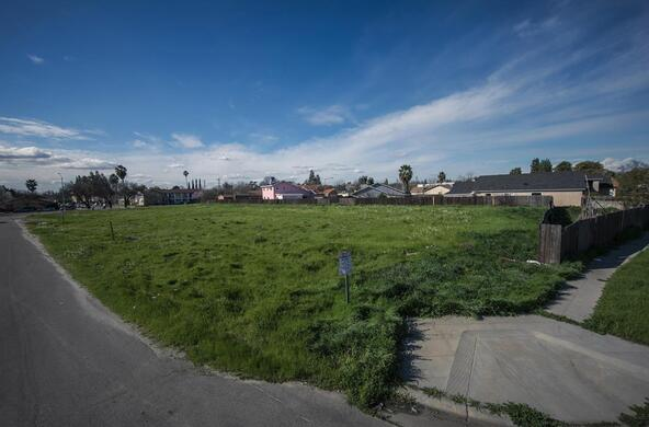 1314 N. Peach Avenue, Fresno, CA 93727 Photo 3