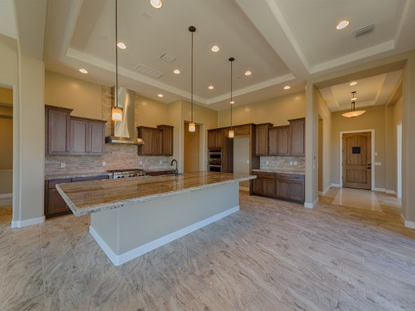 13966 N. Stone Gate Place, Oro Valley, AZ 85755 Photo 4