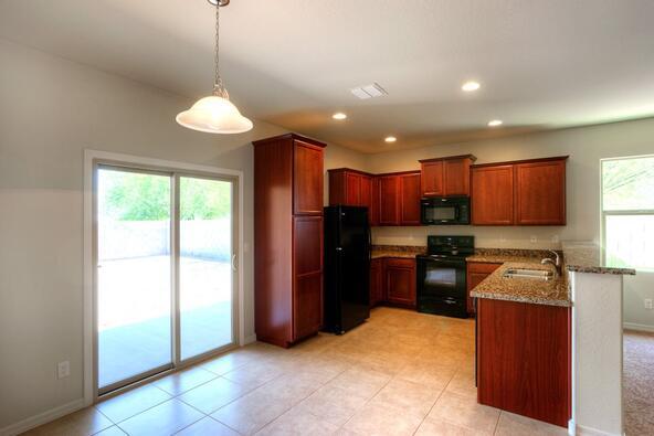 8212 West Kittiwake Lane, Tucson, AZ 85757 Photo 4