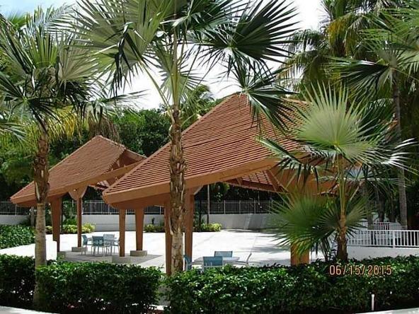 100 S.E. Bayview Dr. # 304, Sunny Isles Beach, FL 33160 Photo 8