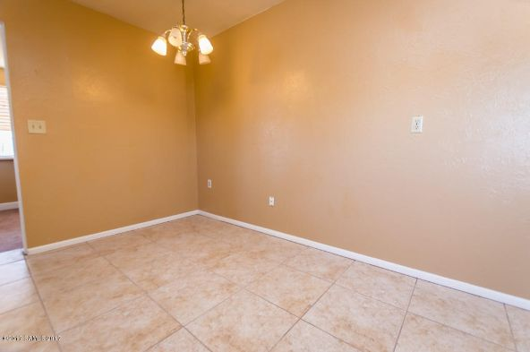 696 Calle del Norte, Sierra Vista, AZ 85635 Photo 5