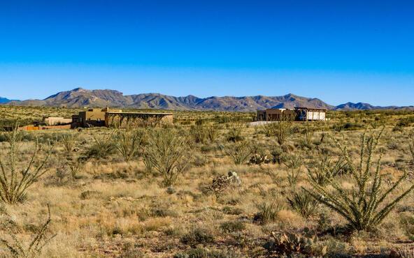 13992 S. Old Sonoita Hy, Vail, AZ 85641 Photo 1