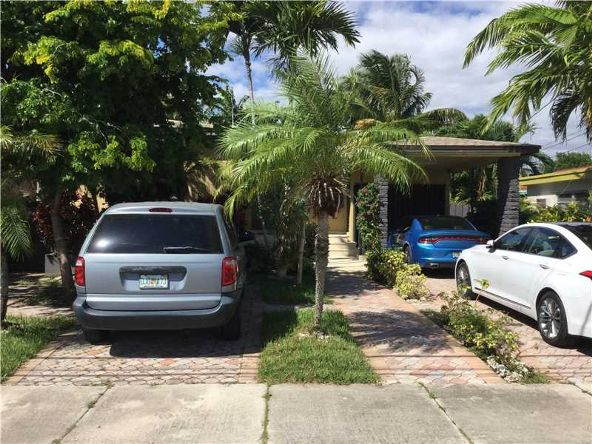 2708 Southwest 33rd Ct., Miami, FL 33133 Photo 2