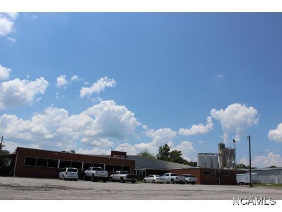 2033 3rd Ave. S.E., Cullman, AL 35055 Photo 1