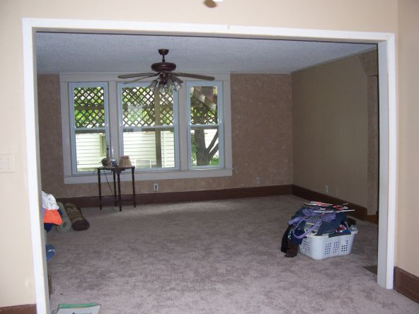 924 E. 7th, Pittsburg, KS 66762 Photo 1