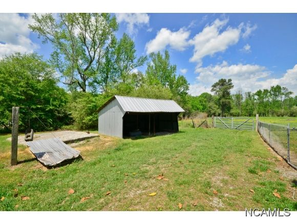 261 Co Rd. 1245, Vinemont, AL 35179 Photo 15
