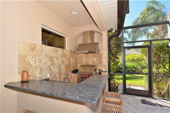 7041 Beechmont Terrace, Lakewood Ranch, FL 34202 Photo 4