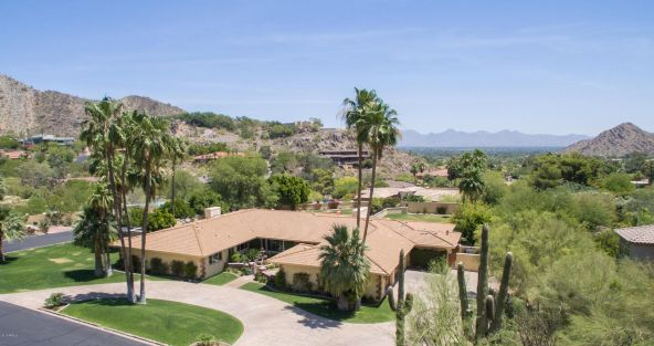 7809 N. Sherri Ln., Paradise Valley, AZ 85253 Photo 2