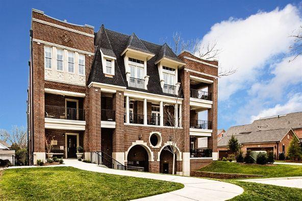 2251 Selwyn Avenue #103, Charlotte, NC 28207 Photo 2
