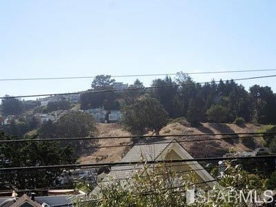 448 Valley St., San Francisco, CA 94131 Photo 2