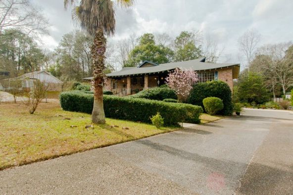 2416 West Rd., Mobile, AL 36693 Photo 3