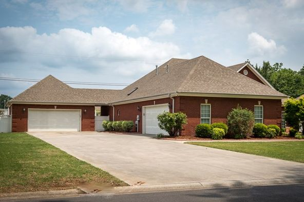 809 Highland Ave., Muscle Shoals, AL 35661 Photo 9